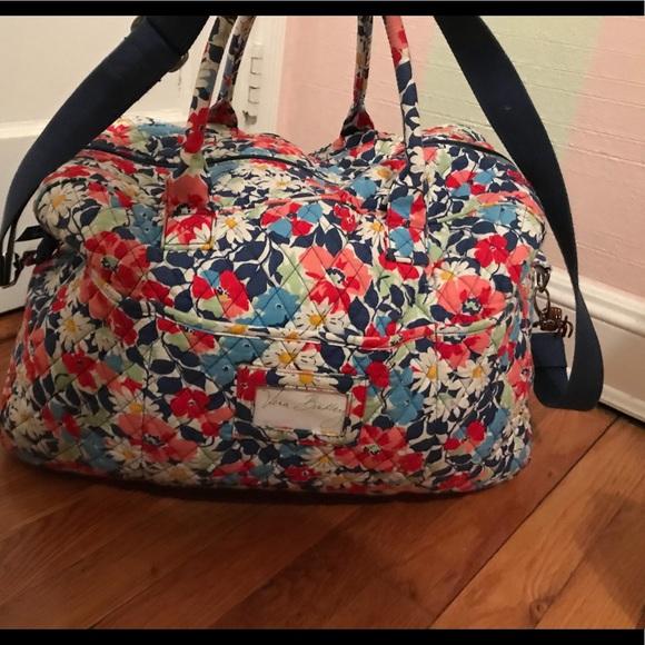 Vera Bradley Grand Traveller Bag. M 5a7d143605f430415315e185 02d89d0e6b629